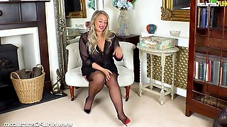 Curvy big tits blonde Beth Bennett fucks glass dildo in nylons and stilettos